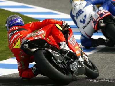 Lorenzo on top ahead of 250cc qualifying