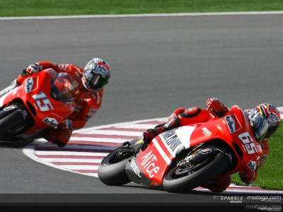Cerrado pulso entre Capirossi y Gibernau en MotoGP