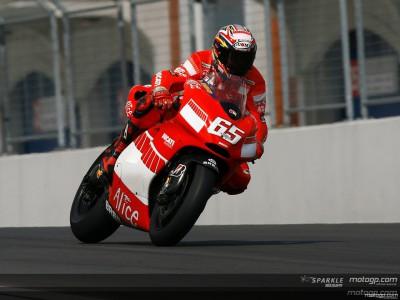 Ducati beeindruckt im Nassen