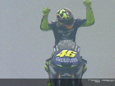 Shanghai 05: Rossi takes historic win