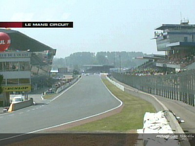 Un coup d'œil au circuit Bugatti