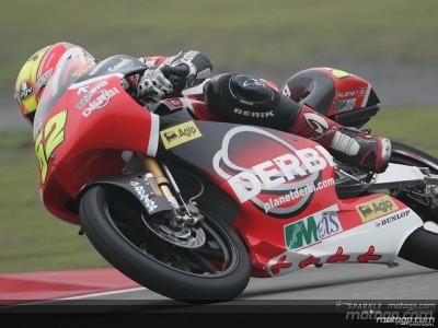 Pesek tops first 125cc practice