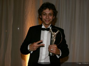 Rossi receives Laureus Award