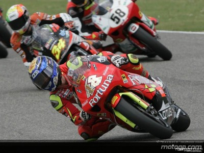 Dovizioso and Lorenzo: motogp.com's favourites for the 250cc title
