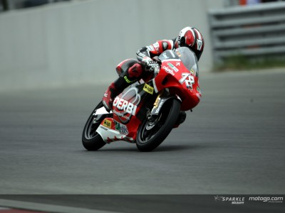 Terol tops first 125cc session