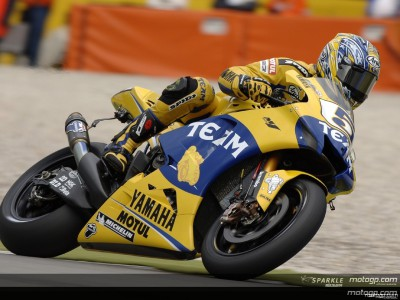Edwards fastest whilst Rossi makes early exit
