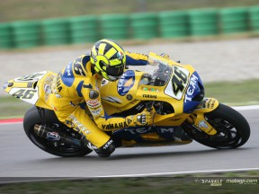Rossi gives champion's masterclass