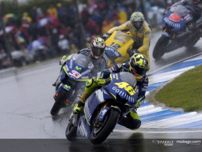 Donington 2005: Rossi beweist Meisterklasse im Regen