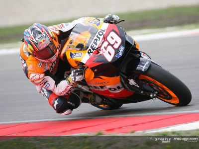 Hayden, West y Kallio se destacan en el warm-up