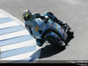 Vermeulen takes first dry pole at Laguna Seca