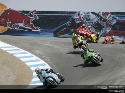 Rizla Suzuki acaricia el podio