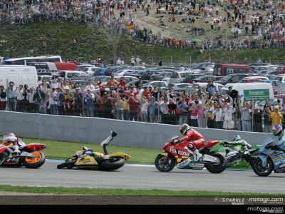 2006 In Review: Rossi limps home at Jerez