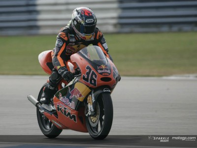 Kallio in driving seat in first 125cc session