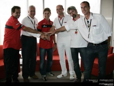 Lorenzo erneuert Vertrag mit Aprilia für 2007