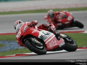 Ducati Marlboro men aim to keep running strong