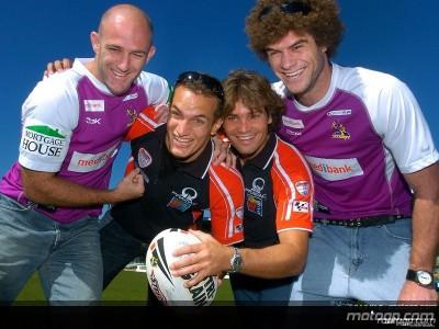 Hofmann y Cardoso practican el futbol australiano