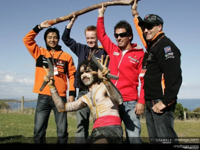 MotoGP riders receive lesson in Aboriginal culture
