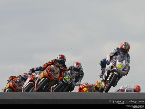 MotoGP heads to Japan for flyaway finale