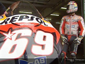 MotoGP teams stay in Japan for test