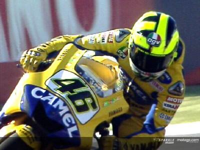 Rossi leva a melhor em qualificação muito disputada