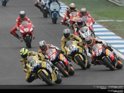 Rossi and Hayden set for final battle in Valencia with 2006 title on the line