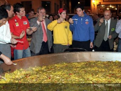 Tradicional recepción en el Ayuntamiento de Cheste