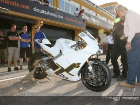 Di nuovo in pista, Jeremy McWilliams in sella alla Ilmor