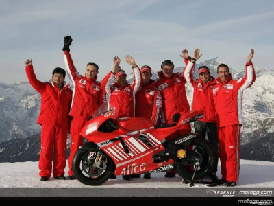 'Capi-T-Rex' comes out for Ducati presentation
