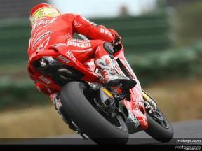 Ducati se muestra fuerte en el test