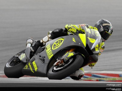 Rossi storms ahead on second day at Sepang