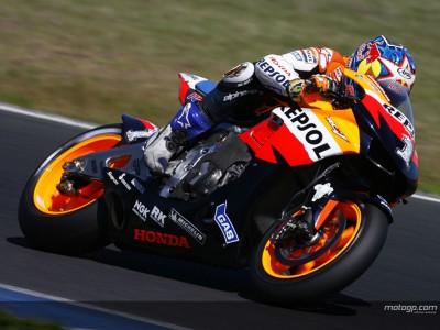 Hayden satisfeito com renovação de Rossi