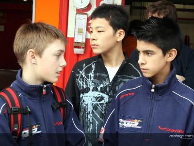 [Red Bull MotoGP Academy] L'entraînement commence