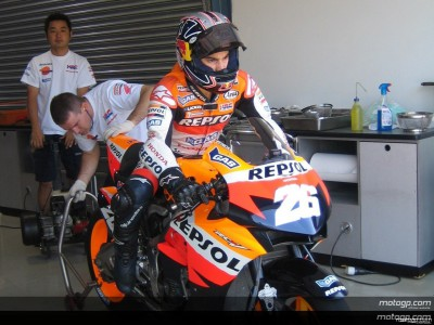 Pedrosa closes Official Test on top in Qatar