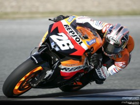 Pedrosa's race pace gives Rossi food for thought