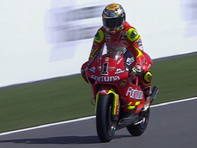 Lorenzo triomphe au Qatar