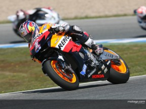 Hayden continues faltering start to title defence