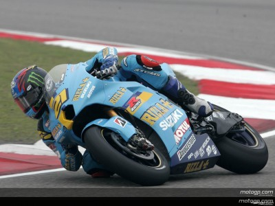 Hopkins races ahead of MotoGP pack in China