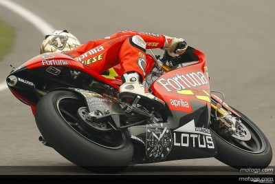 Lorenzo demonstrates power in morning display