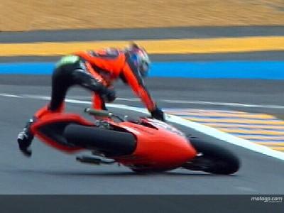 Lorenzo toma el mando y Dovizioso se sitúa a rueda