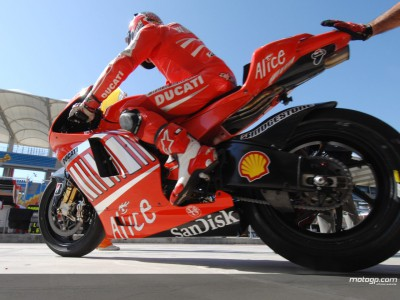 I cimeli Ducati all´asta per Riders for Health