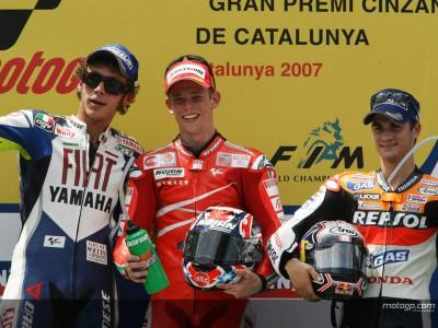 Stoner triomphe devant Rossi à Montmeló