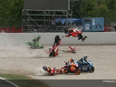 Capirossi and Melandri reflect on 2006 Catalunya crash