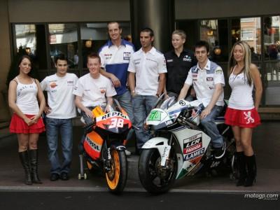 MotoGP Stars treffen Britische Presse in der Londoner Stadtmitte