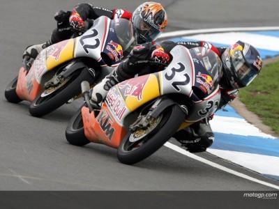 [Red Bull MotoGP Rookies Cup] Savadori en pole