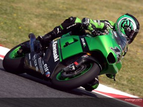 Kawasaki poursuit sa progression à Donington