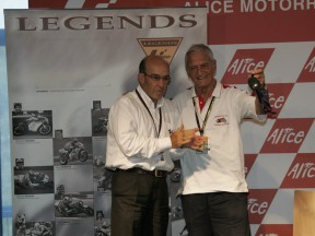 Jim Redman inducted into MotoGP Hall of Fame