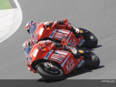 Stoners Vormacht gibt Ducati Führung an allen Fronten