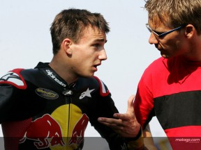 Zarco on pole for penultimate rookies challenge