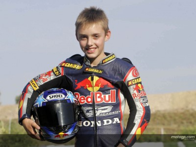 Los pilotos germanos de la MotoGP Academy se lucen en Hockenheim