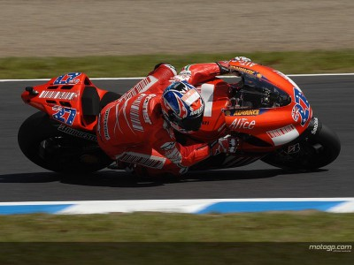 Stoner looks to warm up to find Motegi solution